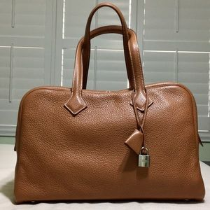 Authentic Hermès Victoria ll bag